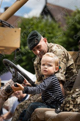 015 9351 